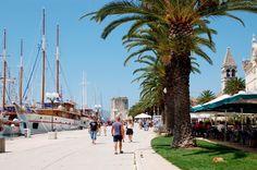 Hafen Trogir - Motorsegler Kroatien