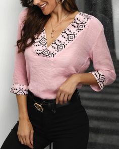 Exotic Print Insert V-Neck Casual Blouse - Beauty Outfit Trendy Outfits, Fashion Outfits, Womens Fashion, Latest Fashion, Fashion Ideas, Fashion Trends, Ladies Dress Design, Ladies Style, Look Fashion