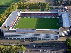De Geusselt Stadium - MVV Maastricht, Holland Stadium Architecture, Football Stadiums, European Football, Holland, Around The Worlds, Soccer, Mansions, House Styles, About Football