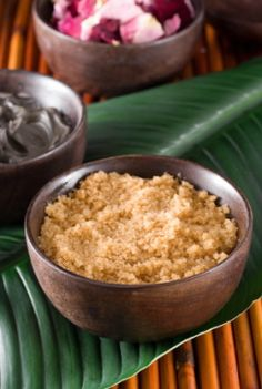 Homemade Sugar Scrub Recipes. I have two jars of the Almond Oil & Vanilla scrub and it is amaaaazing!! Your hands smell like gingerbread and are sooo soft all day!