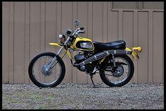 1972 Harley-Davidson MLS Rapido presented as Lot at Harrisburg, PA Harley Dirt Bike, Amf Harley, Dirt Bikes, Harley Davidson Engines, Harley Davidson Trike, Vintage Bikes, Vintage Motorcycles, Honda, Moto Bike