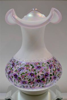 749 Best Fenton Art Glass Images In 2019 Fenton Glassware Glass Company Bud Vases
