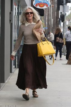 Outshine the sun: Blythe Danner, took advantage of the lovely west coast weather on Sunday, hitting the sidewalks of Venice Beach Blythe Danner, Lace Skirt, Midi Skirt, Yellow Purses, Pomellato, Gwyneth Paltrow, Venice Beach, Actors & Actresses, Cover Up