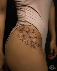 Discreet Tattoos For Women, Tattoos For Women Small, Small Tattoos, Beautiful Tattoos For Women, Back Tattoos For Women, Unique Tattoos, Hip Tattoo Small, Tattoos For Females, Feminine Thigh Tattoos