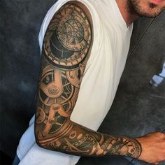 25 Coolest Sleeve Tattoos for Men in 2020 - The Trend Spotter Mechanical Sleeve Tattoo, Skull Sleeve Tattoos, Best Sleeve Tattoos, Tattoo Sleeve Designs, Tattoo Designs Men, Mechanical Arm, Diy Tattoo, Gear Tattoo, Trendy Tattoos