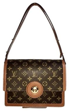 bbc8b756a4 Louis Vuitton Raspail Monogram Shoulder Cross Body Bag - Tradesy Cross  Body, Monogram, Retail