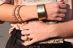 I like the mix of the chunky bangle and ring with the slimmer bracelets. Makes a casual look a little more elegant while maintaining an easy going feel. Barcelona, Bangles, Bracelets, Cartier Love Bracelet, Casual Looks, Style Me, Cool Outfits, Vogue, Street Style