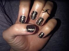 Excited to have my nails lookin' like this in a few weeks. Now let's just hope they don't chip before then...