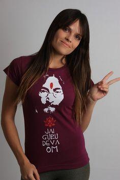 Camiseta Jai Guru Deva Om - Chico Rei http://www.chicorei.com/619-across-the-universe.html