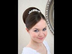 Wedding hair video tutorial - smooth smooth updo
