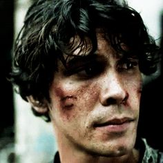 ok but look at the nod bellamy gives to clarke after she thanks him for saving his life; iTS LIKE HE KNOWS ITS HIS JOB TO KEEP HER SAFE.
