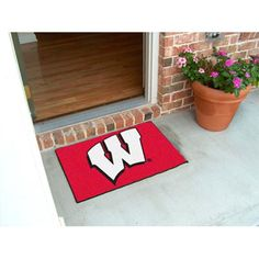 Wisconsin Badgers NCAA Starter Floor Mat 20 x30 W Logo