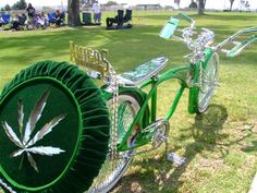 Lowrider Bikes with Hydraulics   Lowrider Bikes With Spinners My bike: up in smoke
