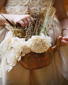 antique tea kettle #bouquet. #wedding