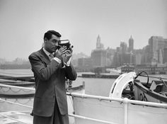 21 Rare Photos of Cary Grant that Prove He Was the King of Class   Best Movies by Farr