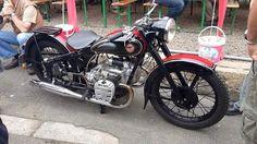 Simson AWO 750 mit russischem Motor. Nur wenige Motorräder wurden zu Versuchszwecken, eine große AWO zu bauen, damit ausgerüstet