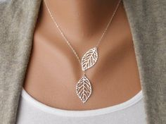 Leaf Lariat in silver - Silver Jewelry - Modern Dainty - Lovely - Gift For…