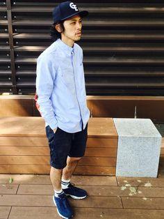 短パンとシャツ… 今年の6月4日にこんなライトブルーのシャツを 手に入れると決めて悩みに悩んでこれに
