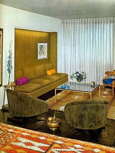 The Ultimate Guide: Perfect Vintage Living Room Design! Mid-century Interior, Vintage Interior Design, Home Interior Design, 70s Home Decor, Retro Room, Mid Century Decor, Palette, Decoration, Living Room Designs