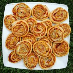 Onion Rings, Snacks, Ethnic Recipes, Hampers, Onion Strings, Treats, Finger Food, Appetizers