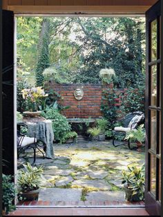 would like to make my courtyard a garden room or outdoor kitchen. French Courtyard, Small Courtyard Gardens, Small Courtyards, Small Gardens, Outdoor Gardens, Courtyard Ideas, House With Courtyard, Patio Oasis Ideas, Brick Courtyard