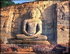 Sri Lanka is favorite place for lol kaboor :D The Places Youll Go, Places To See, Wonderful Places, Beautiful Places, Travel Around The World, Around The Worlds, Le Sri Lanka, So Little Time, Buddhism