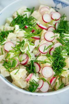 Salad Menu, Salad Dishes, Roasted Meat, Roasted Vegetables, Easy Salad Recipes, Easy Salads, Crab Stuffed Avocado, Cottage Cheese Salad, Raw Broccoli