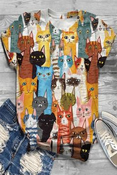 Cute Themes, Animal Print Outfits, Vintage Cartoon, Vintage Graphic, Types Of Sleeves, Short Sleeves, Butterfly Print, Cat Shirts, Casual T Shirts