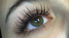 Applying Eye Makeup, Eyebrow Makeup, Skin Makeup, Eyelash Extensions Classic, Best Lash Extensions, Perfect Eyelashes, Best Lashes, Longer Eyelashes, Fake Eyelashes