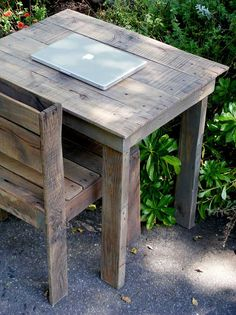 Portsmouth Pallet Table by ThePalletShop on Etsy