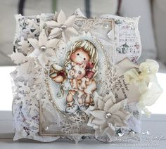 Camilla's Magnolia blog (Norway)  Take a look at this beautifully detailed card...WOW!!