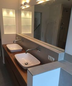 Platzmangel Ade: Moderne Badezimmer Von HEIMWOHL GmbH