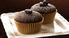Bring out a plate of delightful chocolate espresso cupcakes and watch them disappear. Only you need to know how healthful they are! Espresso Cupcakes, Chocolate Cupcakes, Cupcake Recipes, Cupcake Cakes, Dessert Recipes, Cup Cakes, Butter Cupcakes, 12 Cupcakes, Yummy Cupcakes