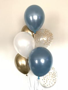 Balloon Decorations Party, Balloon Garland, Bridal Shower Decorations, Wedding Decorations, Blue Bridal, Blue Wedding, Gold Bridal Showers, Bachelorette Party Decorations, White Balloons