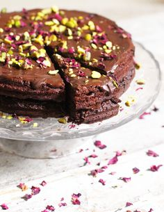 Vegan Chocolate Cake - The Little Green Spoon