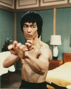 Enter The Dragon - Publicity still of Bruce Lee. The image measures 627 * 785 pixels and was added on 1 September