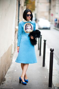 Tiffany Hsu at Balenciaga. I'm so into blue right now.Blue is the new neon is the new black....I'm convinced. #gastrochic.