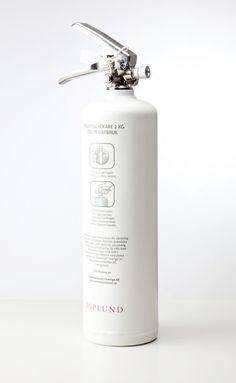 matte white fire extinguisher developed by Asplund andBrandsläckaren.se.
