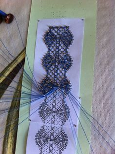 Bobbin Lace Patterns, Lace Jewelry, Lace Making, Antique Lace, Cross Stitch Embroidery, Couture, Crochet Necklace, Diy Crafts, Wool
