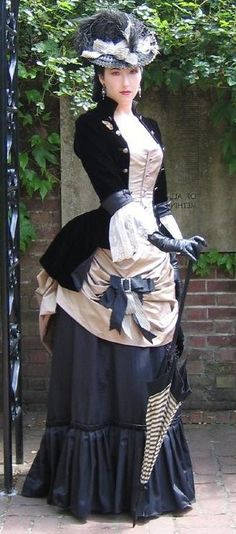 A goal to reach for my steampunk character: Cera Bennett-Copperfield when she's about town or spying on the elite.