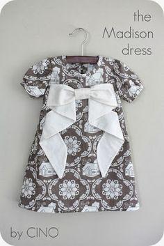 patrón vestido de niña con lazo                                                                                                                                                      Más