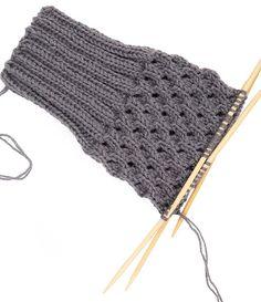 Newest Cost-Free how to Tunisian Crochet Suggestions Stulpen stricken – Schritt 2 Tunisian Crochet, Knit Crochet, Crochet Hats, Knitting Wool, Knitting Needles, Stitch Patterns, Knitting Patterns, Knitting For Beginners, Boots