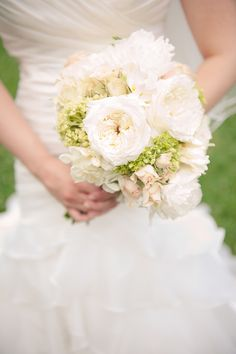 white bouquet | Bit of Ivory Photography