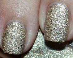 What's On My Nails: L'Oreal The Statement Piece - myfindsonline.com