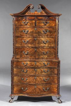 A Most Exceptional George III Mahogany Serpentine Fronted Chest on Chest