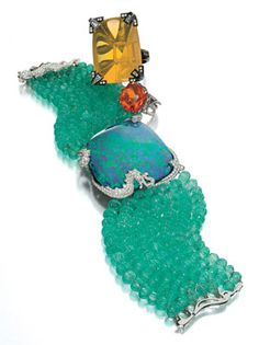 another view of Cartier's magnificent opal bracelet