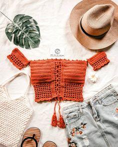 Crochet Bikini Pattern, Crochet Bikini Top, Diy Crochet Top, Knit Crochet, Crop Top Pattern, Clothing Photography, Crochet Fashion, Diy Clothing, Crochet Designs