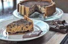 """Stardust"" chocolate cake! #chocolate  #cake #stardust #aliceartcafe #kawiarniaalicji #food #dessert #love #diy"