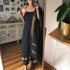Holding on to hints of beauty while manoeuvring a world plagued with suffering . Casual Indian Fashion, Indian Fashion Dresses, Dress Indian Style, India Fashion, Fashion Outfits, Fashion Weeks, Punjabi Fashion, Party Wear Indian Dresses, Indian Wedding Outfits