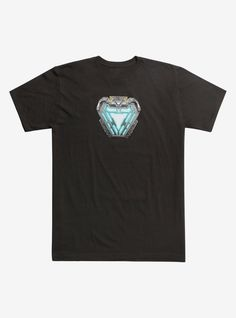 Marvel The Avengers: Infinity War Iron Man Arc Reactor T-Shirt Hot Topic Exclusive Iron Man Arc Reactor, Batman Hush, Iron Man Movie, Hot Topic Clothes, Fandom Outfits, Emo Outfits, Marvel Clothes, How To Iron Clothes, Marvel Captain America